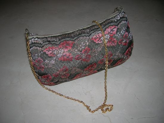 Pochette bronze et dentelle (vendue)