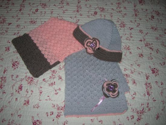 Bonnet et écharpe assortie enfant